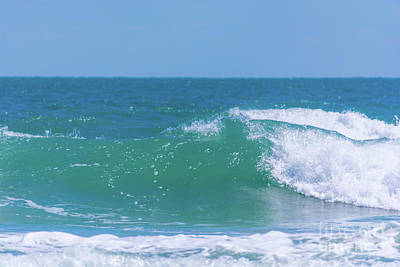 Photograph - Ocean Wave by Pamela Williams