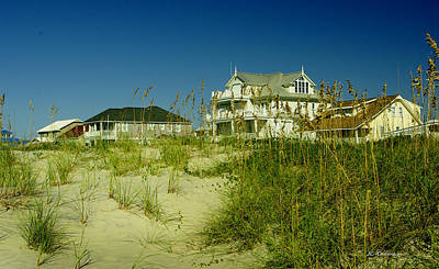 Photograph - Oceanfront Homes by James C Thomas