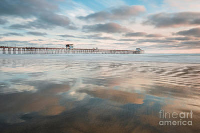 Oceanside Pier Gloss Art Print by Alexander Kunz