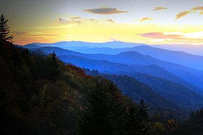 Photograph - Oconaluftee Valley Overlook Fall Sunrise Gsmnp by Carol Montoya