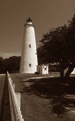 Outerbanks Photograph - Ocracoke Lighthouse by Skip Willits