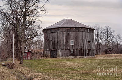 Photograph - Octagonal Barn by David Arment