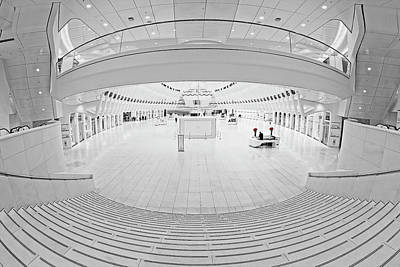 Photograph - Oculus Transit Hub Wtc Concierge by Susan Candelario