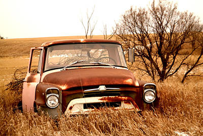 Old Trucks Photograph - Od Pickup Left On The Prairie by Jeff Swan