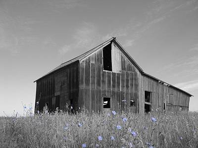 Photograph - Odell Barn IIi by Dylan Punke