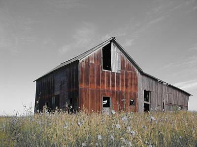 Photograph - Odell Barn V by Dylan Punke