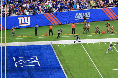 Photograph - Odell Beckham Jr - Touchdown by Allen Beatty