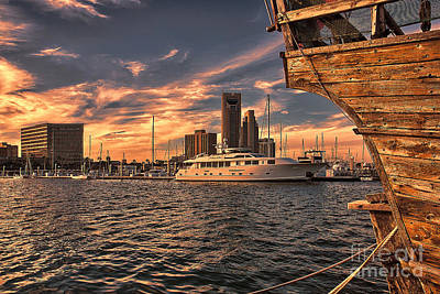 Photograph - Off The Port Stern by Sam Stanton