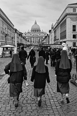 Photograph - Off To See The Pope by Michael Avory