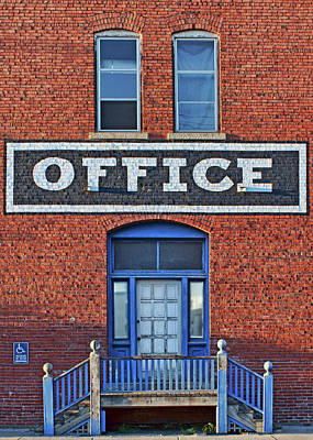 Photograph - Office - 3 by Nikolyn McDonald