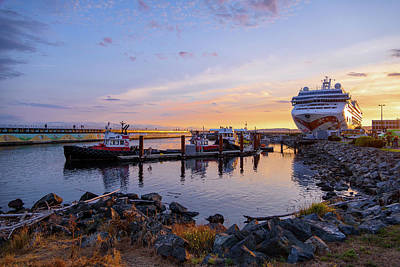 Photograph - Ogden Point by Keith Boone