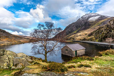 North Wales Digital Art - Ogwen Lake by Adrian Evans