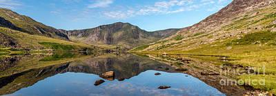 Pen Yr Ole Wen Photograph - Ogwen Lake Reflections by Adrian Evans