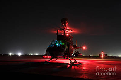 Photograph - Oh-58d Kiowa Pilots Run by Terry Moore