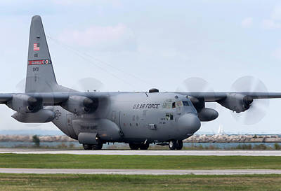 C-130 Wall Art - Photograph - Ohio Herc 2 by Peter Chilelli