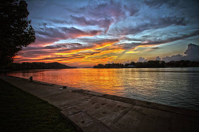 Photograph - Ohio River Sunset by Daniel Houghton