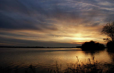 Evansville Photograph - Ohio River Sunset by Sandy Keeton