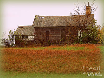 Valentines Day - Old Schoolhouse on Cty. Hi 31, rural Barnesville, MN by Curtis Tilleraas