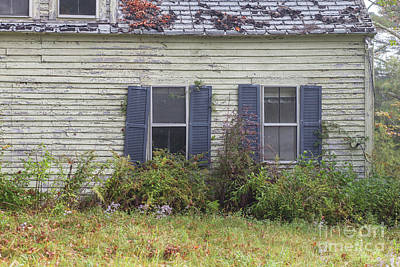 Photograph - Old Abandoned House Croydon New Hampshire by Edward Fielding