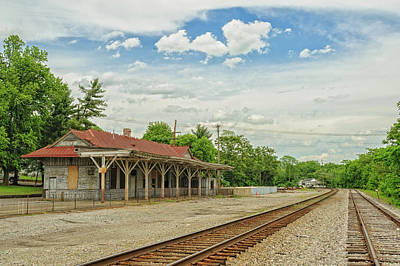 Photograph - Old Abandoned Train Depot by Barry Fowler
