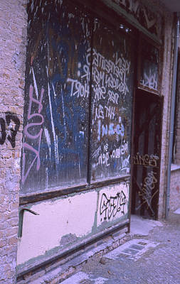 Photograph - Old Bar, Old Graffitis by Nacho Vega