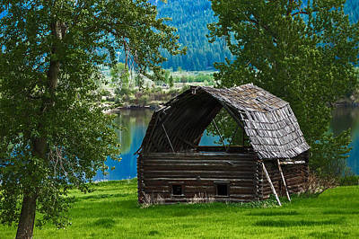 Linda King Photograph - Old Barn 3869 by Linda King