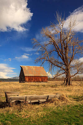 Photograph - Old Barn And Wagon by James Eddy