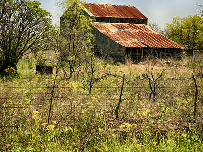 Photograph - Old Barn by Charles McKelroy