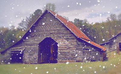 Photograph - Old Barn by Glenda Barrett