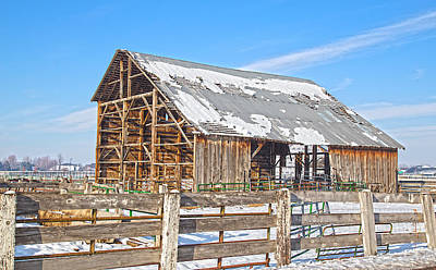 Photograph - Old Barn In Idaho by Dart Humeston
