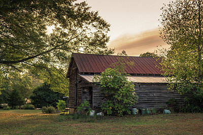 Photograph - Old Barn - Near Monticello, Georgia by Lee Coursey