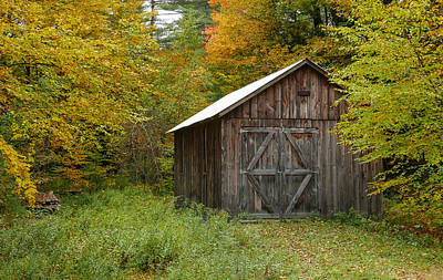 Robert Bellomy Royalty-Free and Rights-Managed Images - Old Barn New England by Robert Bellomy