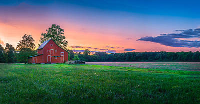 Old Barn Art Print by Paul Gretes