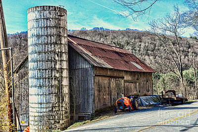 Barn And Silo Photograph - Old Barn Sussex County Nj by Paul Ward