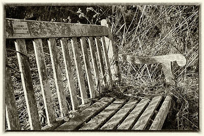 Photograph - Old Bench by Leah Palmer