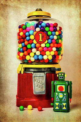 Photograph - Old Bubblegum Machine And Robot by Garry Gay