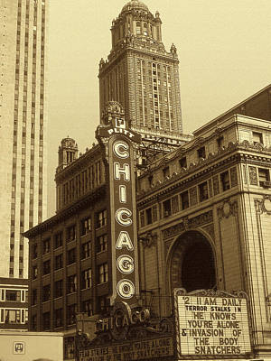Photograph - Old Chicago Theater - Vintage Photo Art Print by Art America Gallery Peter Potter
