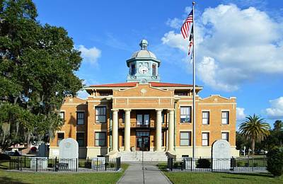 Photograph - Old Citrus County Courthouse by rd Erickson