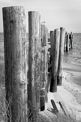 Photograph - Old Core Sound Bulkhead by Bob Decker