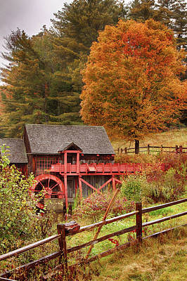 Photograph - Old Crawford Farm Grist Mill by Jeff Folger