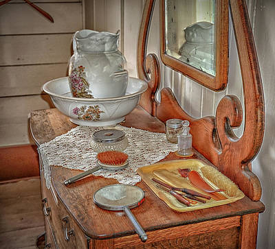 Photograph - Old Dresser by Dennis Dugan