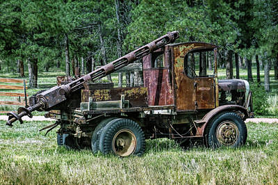 Photograph - Old Drilling Rig by Dawn Key