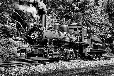 Photograph - Old Engine 643 In Bw by Paul W Faust - Impressions of Light