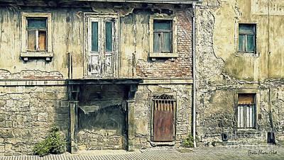 Photograph - Old Facade by Jutta Maria Pusl