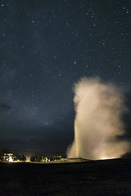 Photograph - Old Faithful by Gary Lengyel