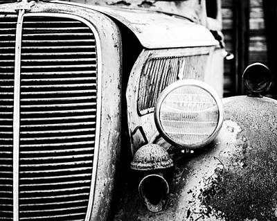 Antique Ford Truck Grill Photograph - Old Farm Ford by Scott Pellegrin