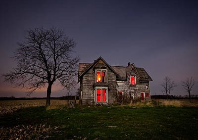 Abandoned Houses Photograph - Old Farm House by Cale Best