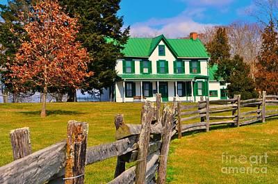 Photograph - Old Farmhouse by Nona Kumah