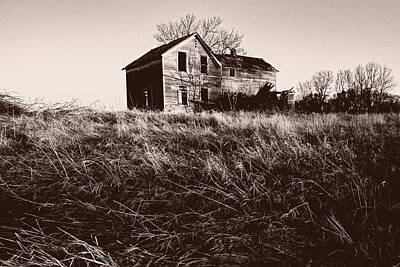 Abandoned Houses Photograph - Old Fashioned by Philip Andersen