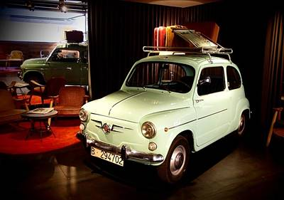 Photograph - Old Fiat 600 04 by Dora Hathazi Mendes
